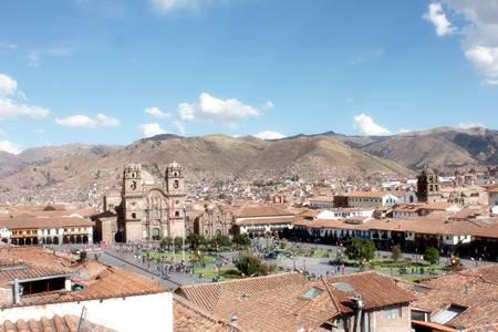 Cuscos Plaza de Armas fra oven